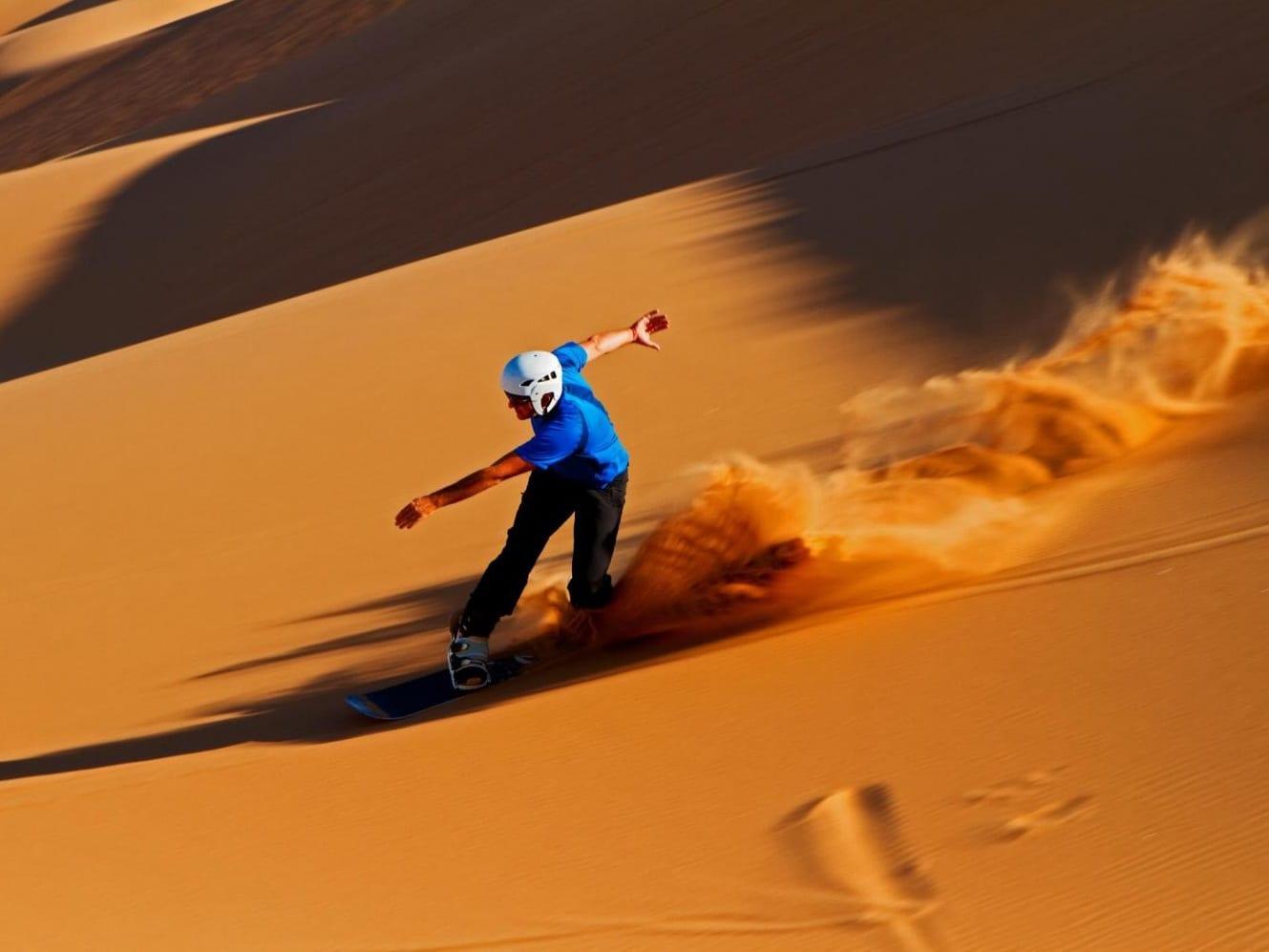 Sand-boarding-Merzouga